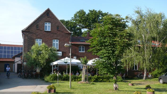 """Die Gaststätte """"Zum Weinberg"""" bietet Ihnen gutes, regionales Essen mitten in der Natur!"""